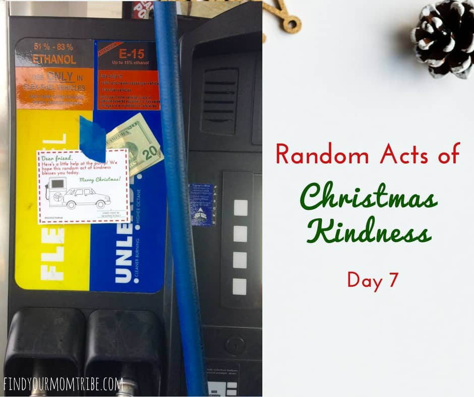 Who wouldn't love to find some cash at the gas pump?! Random Acts of Christmas Kindness + free kindness cards! #Christmas #Randomactsofkindness #FreeChristmasPrintables #RACK #spreadkindness #beablessing
