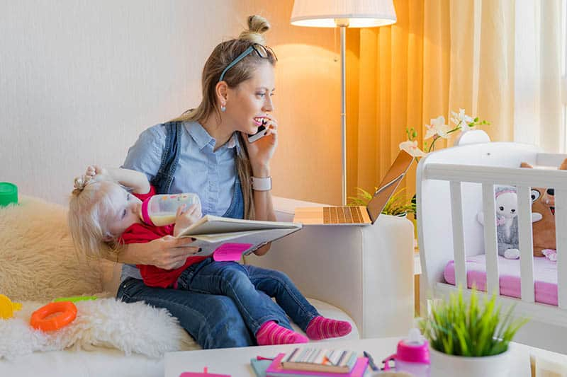 Make $50 A Day While Being A Stay At Home Mom