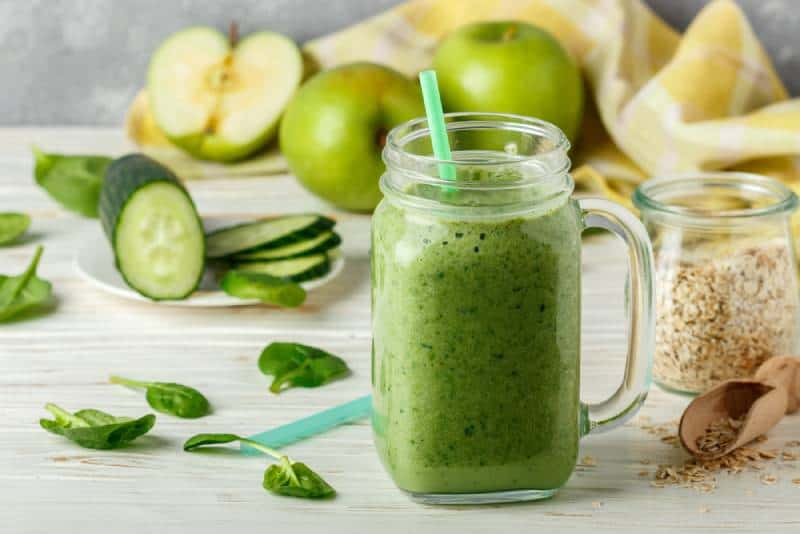 Smoothie with Cucumber, Apple and Banana