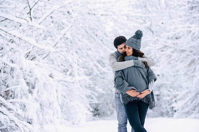 Winter Maternity Photoshoot