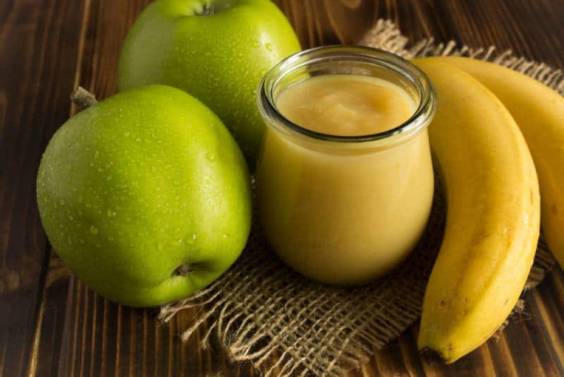 Puree with apples and banana