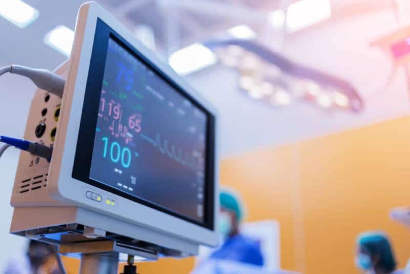 EKG monitor in nicu hospital