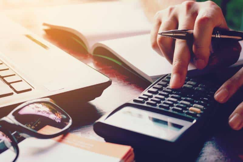 6 Best Ways To Organize Your Bills And Get A Grip On Your Expenses