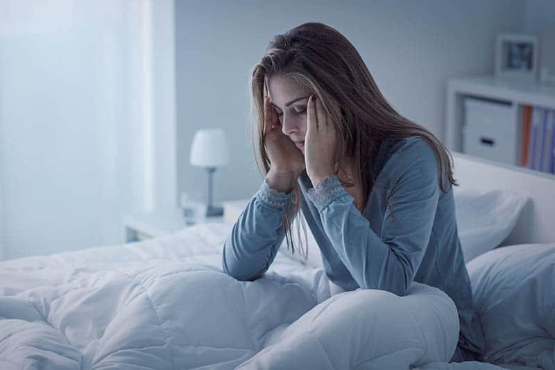 woman having insomnia