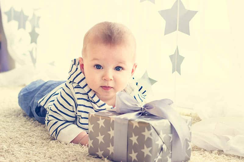 baby boy first birthday with gift