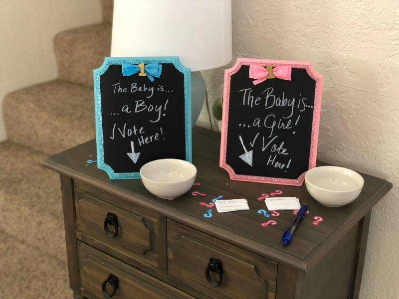 DIY party ideas boy or girl gender reveal party cute guessing game