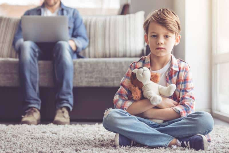 6 Ways Having An Absent Father Impacts Children