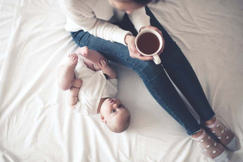 6 Best Herbal Teas For Breastfeeding And Milk Supply In 2021