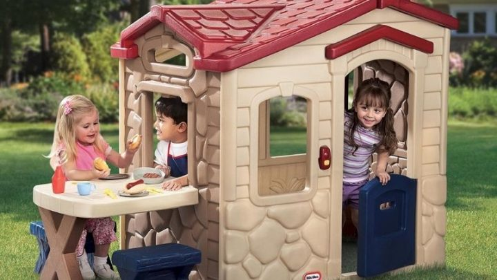 18 Best Kids Outdoor Playhouses For 2021 For Endless Fun